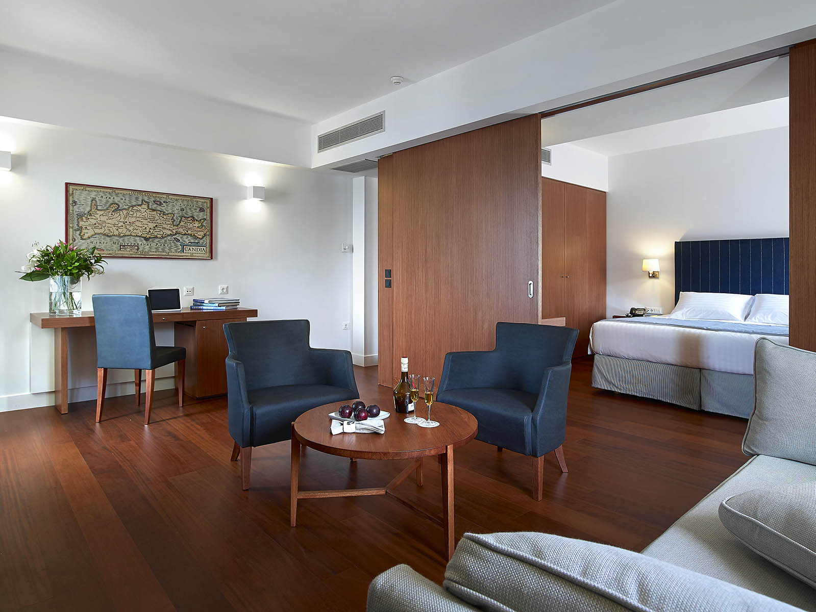 luxury accommodation in crete - Porto Veneziano Hotel